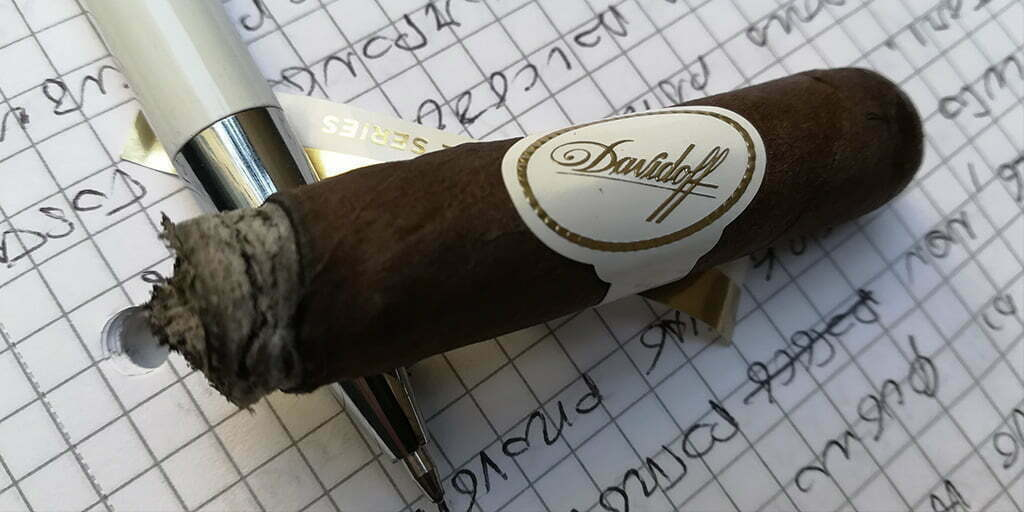 Davidoff 702 Series Signature No. 2